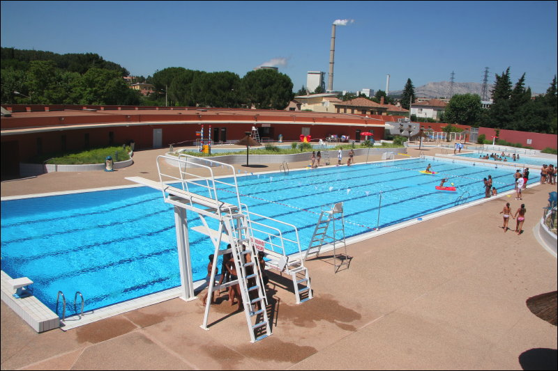 Piscine communautaire gardanne for Piscine virginie dedieu